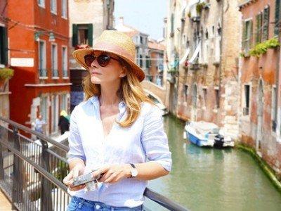 venedig-touristin-slowvenice